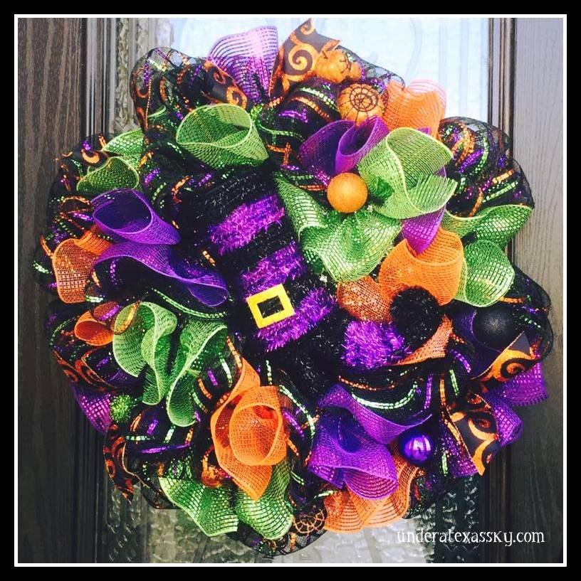 11 Cute and Creepy Halloween Wreaths - Under a Texas Sky