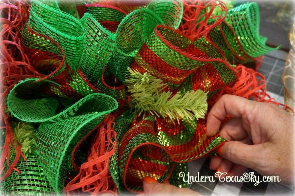 christmas-deco-mesh-wreath-14