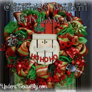 It's a Christmas Wreath Giveaway!