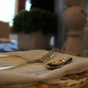 Farmhouse Tablescape