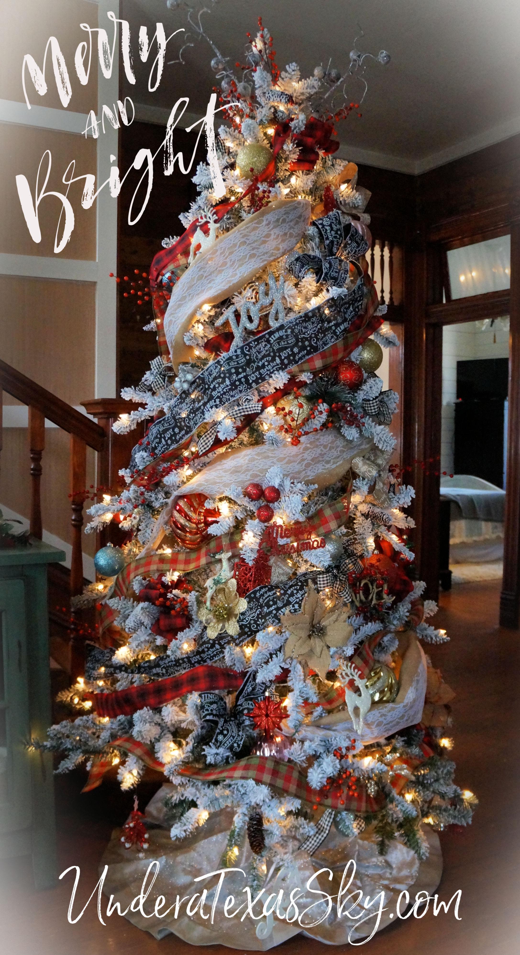 Rustic Christmas Tree Decor